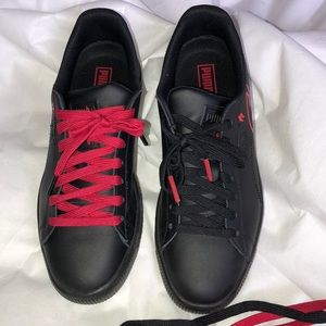 detailed look 7d41e 1686c Puma Clyde Signature Size 6.5 Boys Red & Black